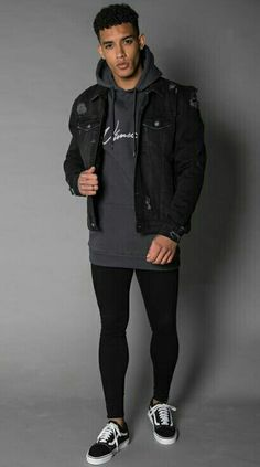 Black skiñies Tight Jeans Men, Superenge Jeans, Spray On Jeans, Men Wearing Skirts, Mode Man, Tennis Skirts, Pantyhose Outfits, Black Jeans Outfit, Mens Tights