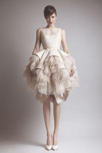 8f5cbf381 23 imágenes estupendas de Vestidos de encanto.... Encontraras de lo ...