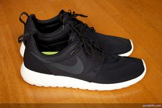 Nike Roshe Run by Pyrophilly, via Flickr-- this one is for gym..