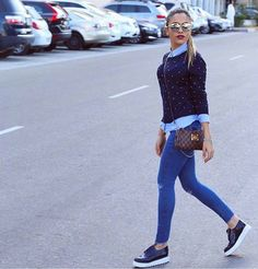 Inspo via @fashionista_east  by @mayada_solaiman  #denim #jeans #louisvuitton #louisvuittonbag #details #sunglasses #casual #streetstyle #fashionaddict