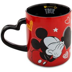 Mickey Mouse Chalkboard Love Mug (46 BRL) ❤ liked on Polyvore featuring home, kitchen & dining, drinkware, mickey mouse mug, heart shaped mug, heart chalkboard and heart mug