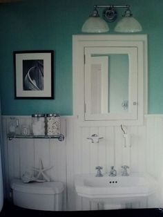 Aqua bathroom 5 x 7 via carolyn patton 5 x 7 bathroom ванная Bathroom Linen Closet, Aqua Bathroom, Beach Bathrooms, Laundry In Bathroom, Bathroom Ideas, Bathroom Designs, Victorian Style Bathroom, Inset Cabinets, White Paneling