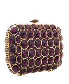 Οι clutch τσάντες είναι το νέο αγαπημένο αξεσουάρ στα χέρια των γυναικών τα  τελευταία χρόνια d20114eba44