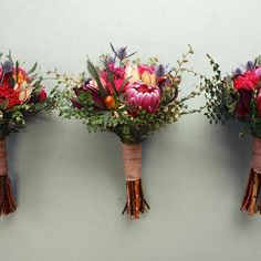 Bridesmaids bouquets all lined up. ❤️#swallowsnestfarm #tasmanpeninsula #slowflowersaustralia #farmerflorist #flowerfarm...