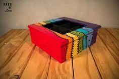 Resultado de imagen para cajas de te pintadas a mano Decoupage, Cube, Diy Crafts, Beatles, Boxes, Home Decor, Mother's Day, Painted Wooden Boxes, Painted Boxes