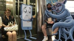 En lo más fffres.co: Este diseñador ilustra criaturas imaginarias en el metro de Nueva York: Hay quien aprovecha las horas… #Ilustración