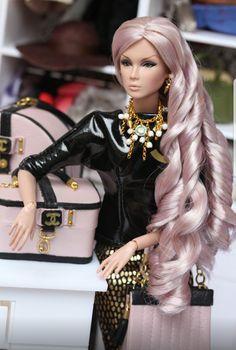 Olha o cabelo da Barbie
