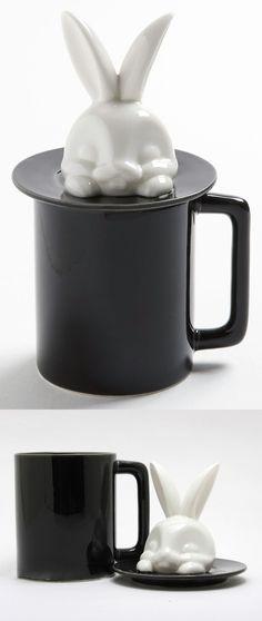 Magic Hat White Rabbit in a Black Coffee Mug. Objet Deco Design, Cute Cups, Cool Mugs, Tea Mugs, Tupperware, Mug Cup, Tea Set, Coffee Cups, Coffee Time