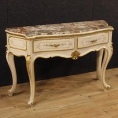 900€ Italian lacquered and golden console table with marble top. Visit our website www.parino.it #antiques #antiquariato #furniture #lacquer #antiquities #antiquario #console #table #tavolo #decorative #lacquer #lacquered #interiordesign #homedecoration #antiqueshop #antiquestore #gold #golden #gilt #gilding #marble