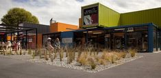 SHIPPING CONTAINERS! Re:START Shopping mall, Christchurch   New Zealand store design