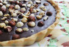 TARTA DE CHOCOLATE Y AVELLANAS - Empezamos la semana bien arriba con esta increíble Tarta de chocolate y avellanas hecha con a la que no te vas a poder resistir. Tiramisu, Muffin, Sweets, Vegan, Cookies, Breakfast, Desserts, Chocolates, Cakes