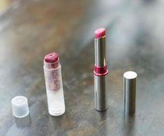 Faire son propre rouge à lèvres, en quelques minut... Beauty Hacks, Make Up, Lipstick, Personal Care, Cosmetics, Homemade, Diy Beauté, Household Products, Zero Waste