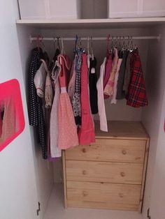 metodo di Konmari Wardrobe Rack, Storage, Ranger, Closet, Inspiration, Furniture, Home Decor, Houses, Purse Storage