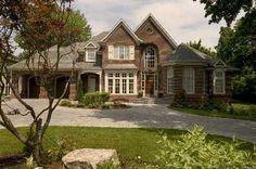 House - Arnold Avenue, Vaughan, Ontario, Canada (via HomeFinder.ca)
