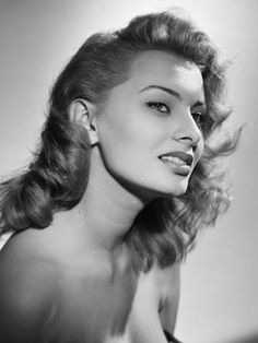 Sophia Loren - favorite picture of her, sultry...