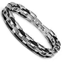 235fa78872516 Uzunluğu 21 cm olan çelik bilekliğin genişliği 12 mm.dir. Paslanmaz  çelikten üretilmiş çelik bileklik siyah ve gümüş renklerinin bir arada k.