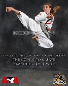 Martial Arts Styles, Martial Arts Women, Mixed Martial Arts, Taekwondo Girl, Karate Girl, Female Fighter, Girls Be Like, Fashion Art, Motivational Quotes