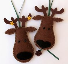 Items similar to Reindeer Felt Christmas Tree Ornaments Set of 2 - Comet & Cupid on Etsy Felt Christmas Decorations, Christmas Ornaments To Make, Christmas Sewing, Noel Christmas, Felt Crafts, Handmade Christmas, Holiday Crafts, Reindeer Christmas, Reindeer Ornaments