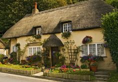 HOME & GARDEN: Cottages Anglais