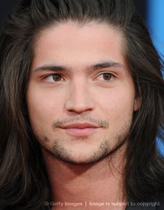 this is Thomas McDonell - Finnick Odair?