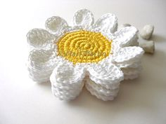 Crochet Coasters White Yellow Flowers  Beverage by MariMartin, $24.00