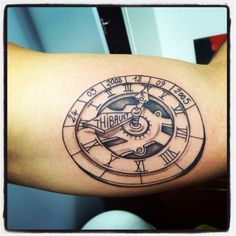 Tatouage horloge by Merries Melody tattooshop66 http://merriesmelody.com