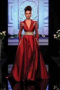 """Randa Salamoun Haute Couture 2010 I Get The Look: """"Game Of Thrones"""" Style In Today's Fashions Beautiful Gowns, Beautiful Outfits, Beautiful Life, Hijab Mode, Fashion Vestidos, Fashion Dresses, Mode Glamour, Red Fashion, Fall Fashion"""