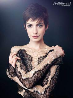 Oscar Roundtable: Anne Hathaway