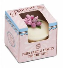 Rose And Co Patisserie De Bain Moisturising Bath Melt Strawberry Cupcake 45g