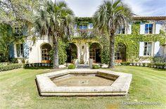Superbe demeure à vendre chez Capifrance à Montpellier !     Profitez d'un cadre idyllique : parc arboré de 5000 m², 12 pièces, 4 chambres.     Plus d'infos > Elisabeth Thoulouze