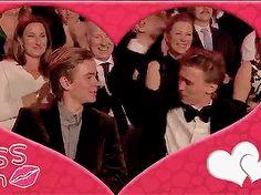 The kiss on the kiss cam happens because of the good chemistry onscreen and offscreen I'm actually died