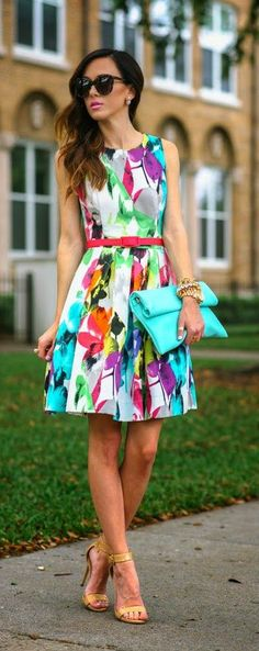Colorful Spring Printed Dress with Belted and Steve Madden Heels / Sequins and Things - Total Street Style Looks And Fashion Outfit Ideas