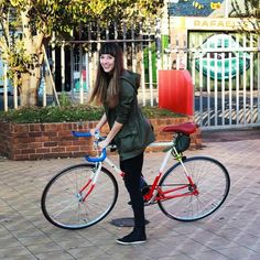 Repost from @instabikerides 'Nothing compares to the simple pleasure of a bike ride' #instabikerides #fixie #fixiegirl #fixiegal #fixieporn #johannesburg #southafrica #cycle