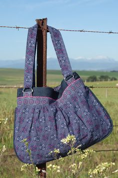 Printed Bags, Longchamp, Fingers, Gym Bag, Quilting, Fabrics, African, Trending Outfits, Crafty