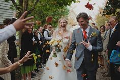 Natural autumn leaf confetti and tips on how to preserve leaves