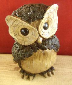 Owl Indoor Outdoor Decorative Wood Design Figurine Statue Resin
