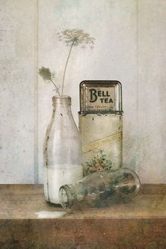 Lucy Gauntlett : Don't Cry, have a Tea! - Vintage Still life Series