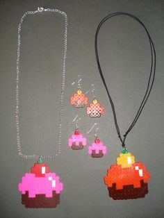 Cupcakes set hama beads by ChiA CReaTioNS