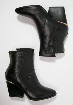Tamaris Stiefelette - black für 49,45 € (13.01.16)