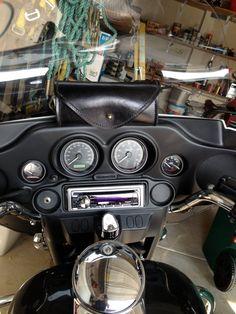 b1fde905f00 Bolso de mano hecho Harley Davidson parabrisas por BattleAx2013 Parabrisas,  Bolsos De Mano, Hechos