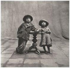 Irving Penn, Cuzco Children, Perù 1948 © The Irving Penn Foundation