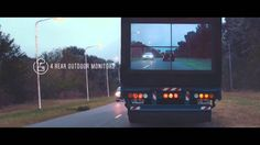 With this prototype Samsung has tried to make the overtaking trucks much safer: a camera placed on the hood of the truck transmits images to a monitor instead of on the back, allowing those who follow to see in real time what 'happens' in front.