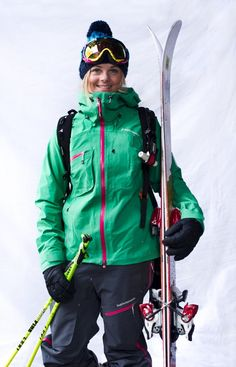 Peak Performance friend Sandra Lahnsteiner in Heli Alpine pants and jacket.