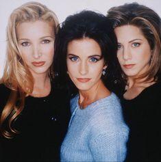 Tres de las amigas más populares que jamás conocí: Lisa Kudrow, Courteney Cox, y Jennifer Aniston.