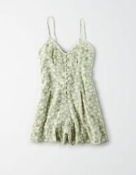Find sales on American Eagle AE Embroidered Button Front Romper and other deeply discounted products at Shop Scenes. Plus Size Casual, Plus Size Outfits, Next Clothes, Clothes For Women, Pretty Outfits, Cool Outfits, Pretty Clothes, 90s Fashion, Fashion Outfits