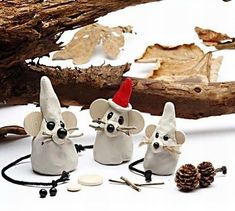 Christmas mouse of self-curing clay Diy Christmas Ornaments, Holiday Crafts, Holiday Fun, Christmas Decorations, Christmas Makes, Xmas, Crafts To Make, Crafts For Kids, Mouse Crafts