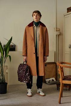 Bally Spring 2018 Menswear Collection Photos - Vogue