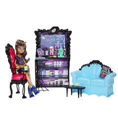 Playset: Coffin Bean Released Fall 2012 Assortment includes: exclusive Clawdeen Availability: This assortment first showed up at the end of April 2012. As of 7/27/2012 - the Coffin Bean playset is currently shipping to stores and is widely...