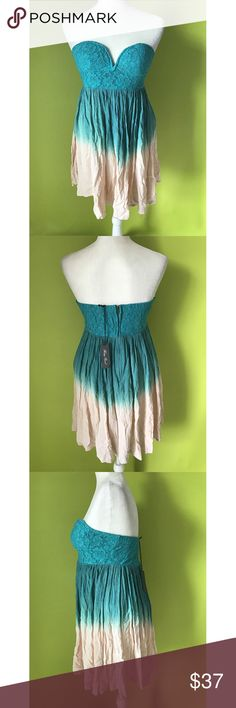 """Honey Punch Corset Strapless Sweetheart Dress M Dress New With Tags  B425  Bust - 32"""" Waist - 30"""" Length - 23""""  Honey Punch Corset Strapless Sweetheart Lace  Zippered  Back Blue Green Dress Size Medium NWT  Free shipping on orders over $75 Honey Punch Dresses"""