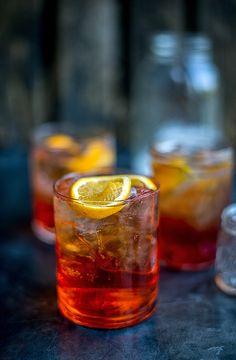 Retro Cocktail Friday: Aperol Spritz and Vodka Negroni - Supergolden Bakes Orange Party, Wine Drinks, Alcoholic Drinks, Beverages, Vodka Cocktails, Cocktail Drinks, Campari And Soda, Italian Drinks, Spirit Drink